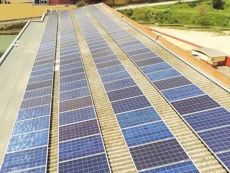 Escola verda i sostenibilitat - Plaques fotovoltaiques